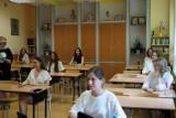 Matura 2020 - język polski. Maturzyści zmierzyli się z Weselem (zdjęcia)