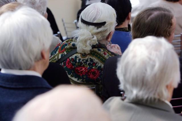 800 zł miesięcznie. Według ekspertów, taką emeryturę może otrzymać przedsiębiorca, który nie oszczędza na własną rękę. Foto: Dorota Awiorko - Klimek