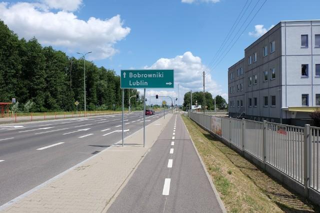 Na otwarcie ulicy Dywizjonu 303 w Białymstoku czekali nie tylko kierowcy, ale i rowerzyści