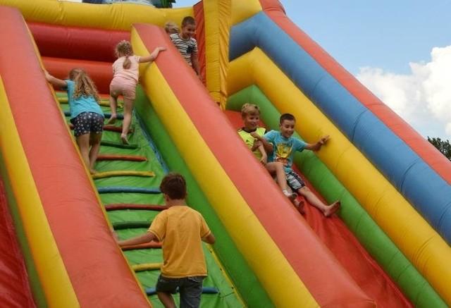 Dzieci będą mogły korzystać z dmuchanego placu zabaw bezpłatnie