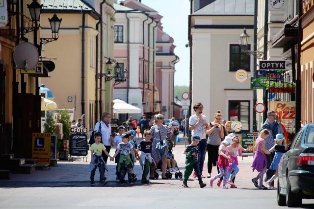 Prezydent Andrzej Wnuk mówił na sesji RM, że miasto ma ok. 30 mkw. powierzchni. On także uważa, że to za mało. Emocje jednak należy w tej sprawie tonować