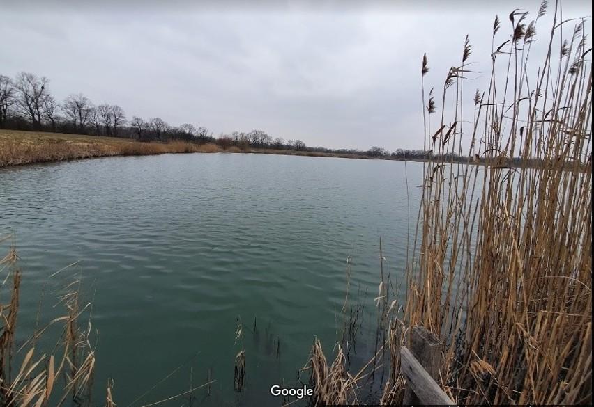 Zbiornik  wodny pod Wrocławiem w pobliżu Wschodniej...