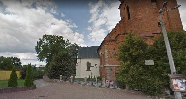 Swoją nazwę zyska również brukowana ulica przy kościele