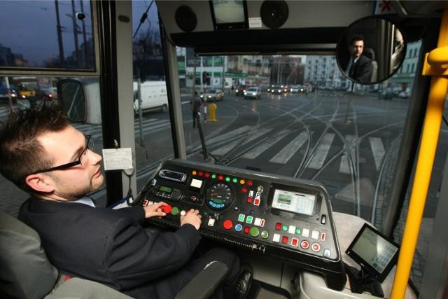 Uprawnienia do kierowania tramwajem można zdobyć w MPK