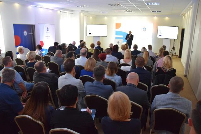 Podczas spotkania z przedsiębiorcami eksperci mówili o najnowszych trendach i rozwiązaniach w biznesie.