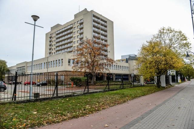 Wobec szpitala tymczasowego w Sopocie pojawiła się wstępna propozycja przekształcenia go w sanatorium dla pacjentów wymagających rehabilitacji po przejściu Covid-19.