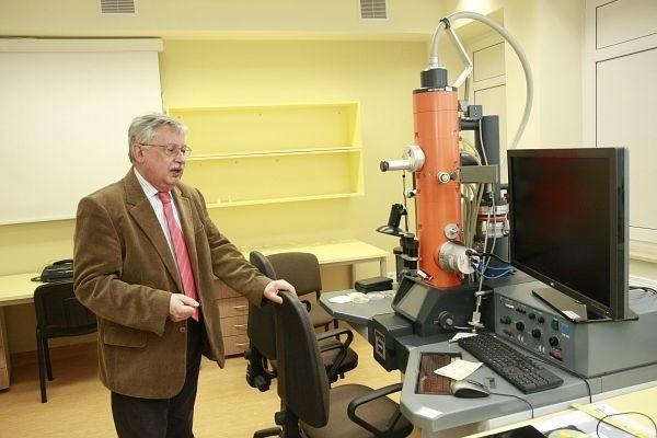 Wiemy, jak ważny jest czas przy chorobach nowotworowych – podkreśla prof. Chyczewski, który kieruje zakładem patomorfologii.