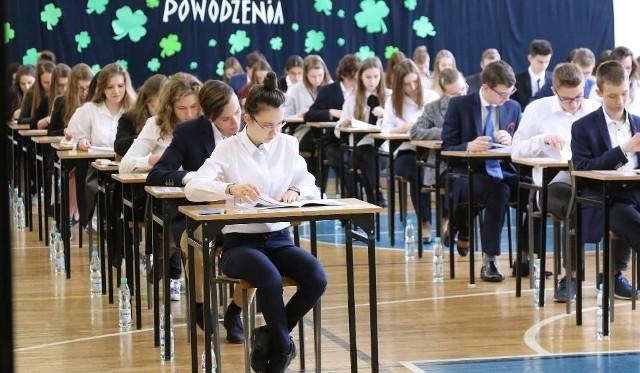 Egzamin ósmoklasisty w 2019 r. będzie przeprowadzany po raz pierwszy