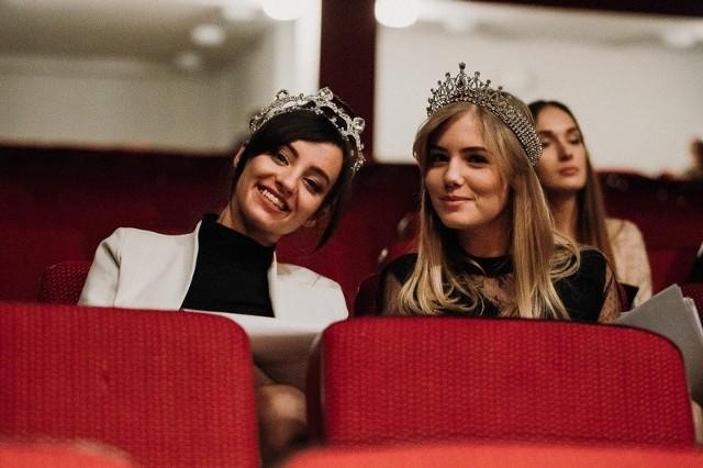 W jury zasiadają m.in. Justyna Flejsner, Miss Ziemi Łódzkiej 2018 oraz Julia Florczak, Miss Nastolatek Ziemi Łódzkiej 2018.