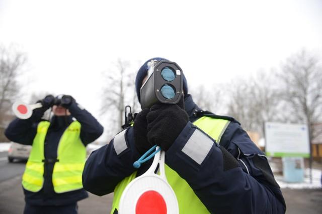 Ze statystyk wynika ponoć, że opolscy policjanci z drogówki są zbyt wyrozumiali dla kierowców.