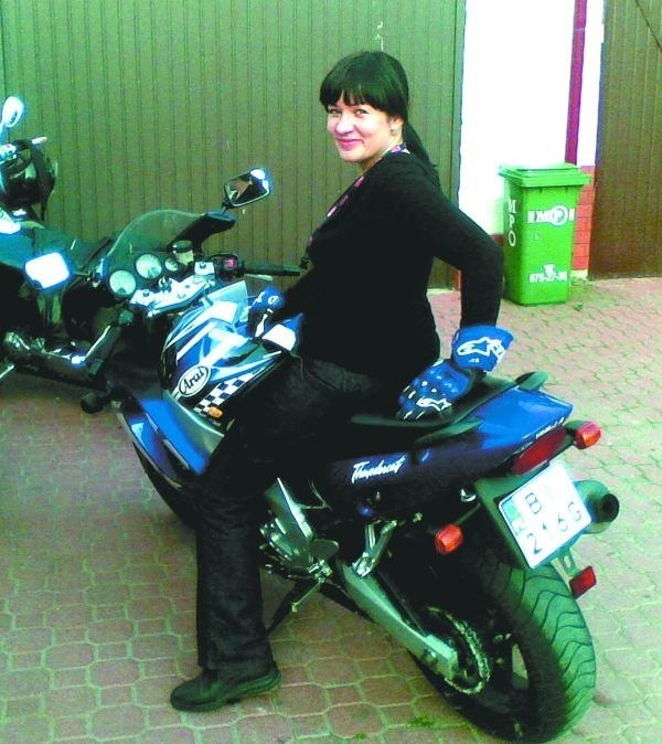 Jazda motorem sprawia mi radość - mówi Urszula Olechno, właścicielka restauracji Bombay Express. - Z mężem marzymy, żeby na obrzeżach miasta otworzyć knajpkę dla motocyklistów. Byłoby to połączenie dwóch pasji: kulinarnej i motocyklowej.