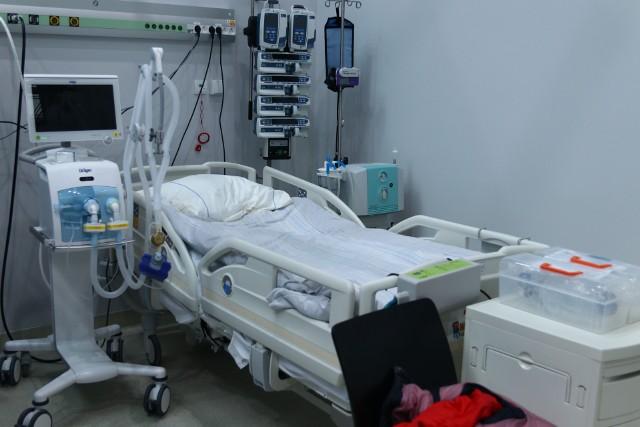 Docelowo w CWK ma być przygotowanych 150 łóżek - nawet połowa może pełnić role tych dla pacjentów w ciężkim stanie.