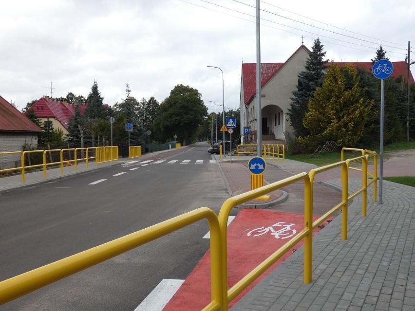 Przebudowany odcinek drogi w Warcinie.