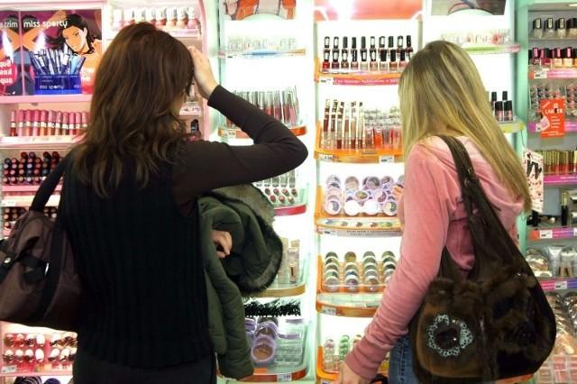 Badania pokazują, że około 70 procent decyzji o zakupie zapada w markecie, a nie w domu.