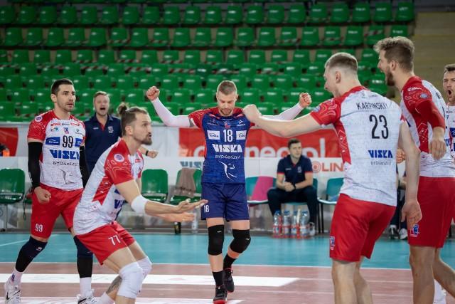 BKS Visła Bydgoszcz to pierwszy zespół, który pokonał BBTS Bielsko-Biała, do tej pory niezwyciężonego lidera Tauron 1. Ligi. O przyczynach wygranej i planach opowiada trener Marcin Ogonowski.Szczegóły na kolejnych stronach>>>