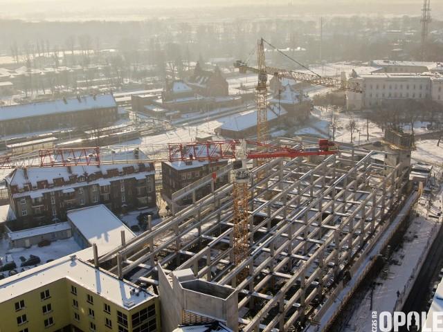 Centrum przesiadkowe Opole Główne. Przez kilka miesięcy na budowie mają być prowadzone hałaśliwe prace