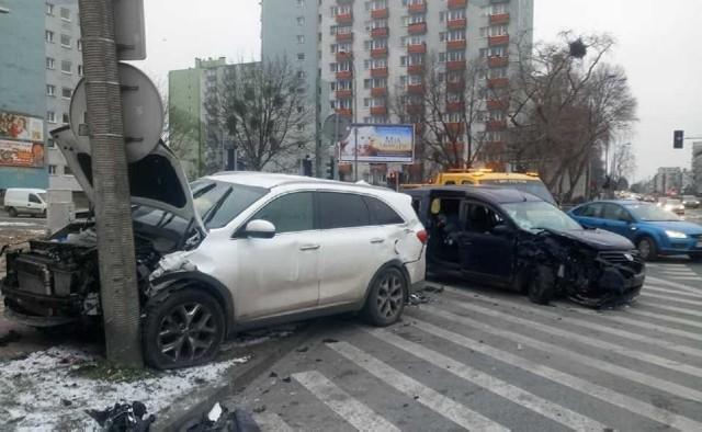 Przedstawiamy listę sześciu najniebezpieczniejszych ulic w Poznaniu. Gdzie najczęściej dochodziło do wypadków w 2020 roku? Gdzie zostało rannych najwięcej osób? Przejdź dalej i sprawdź --->
