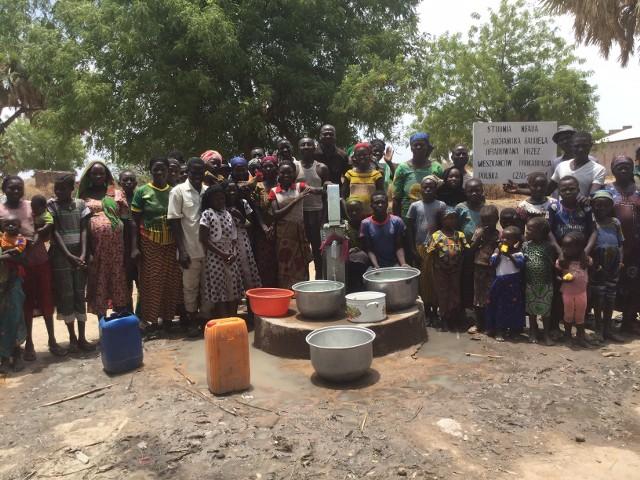 Najnowsza studnia głębinowa, wykonana dzięki pomocy z Podkarpacia, powstała w wiosce Ngara w Czadzie.