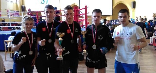 Medaliści ze Sportowego Klubu Kick Boxing Kielce.
