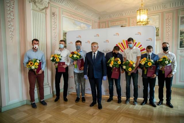 Prezydent miasta Białegostoku pogratulował medalistom z Podlasia Białystok