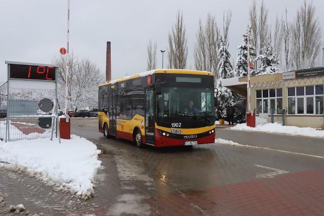 Do Łodzi zostały dostarczone pierwsze autobusy Isuzu Novocity Life. Spółka MPK - Łódź kupiła 24 takie pojazdy. Pierwszy wyjechał 4 lutego na trasę linii 84.