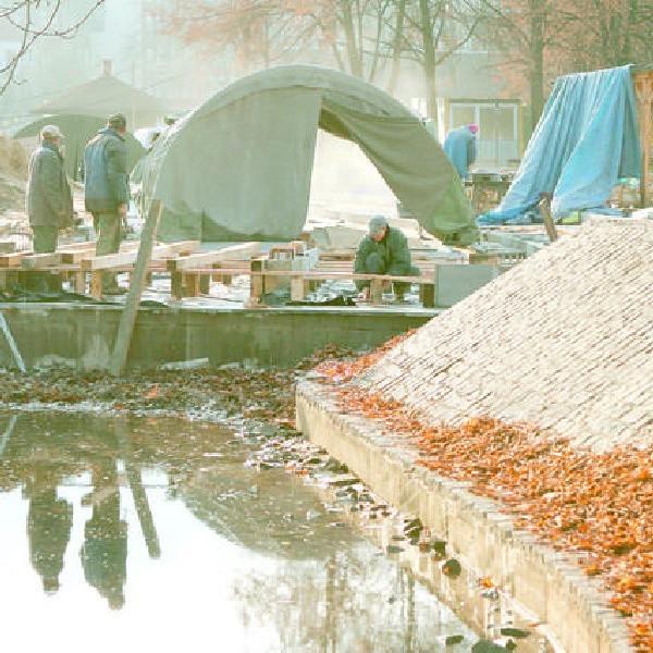 Prace przy budowie międzywodzia na Wyspie Młyńskiej zakończą się 15 grudnia.