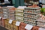 Najnowsze ceny na targowisku przy ul. Owocowej w Zielonej Górze. Po ile można było kupić warzywa, owoce i inne towary 6 czerwca?