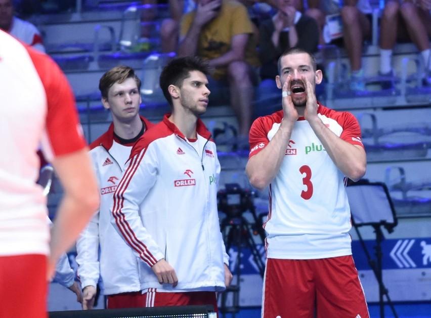 Dawid Konarski (nr 3) przeciwko Amerykanom zdobył cztery...
