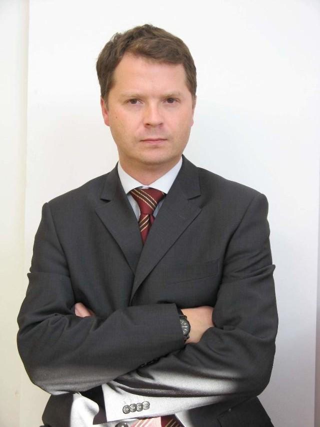 Przemysław Skory, rzecznik Tesco: - Bukietu róż i czekoladek w kształcie serca nie powinno zabraknąć w Dniu Zakochanych.
