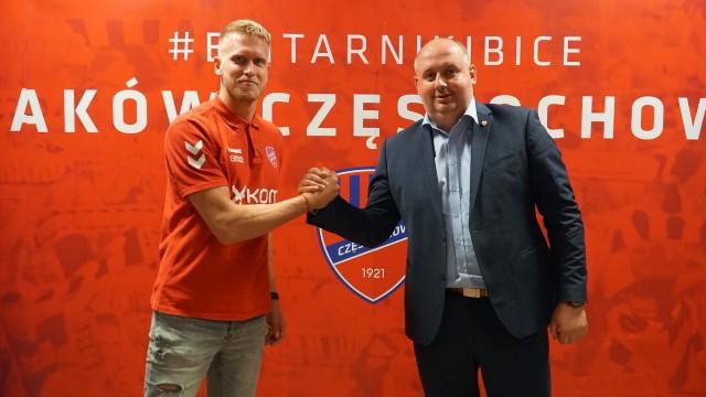 Branislav Pindroch i prezes Rakowa Wojciech Cygan.