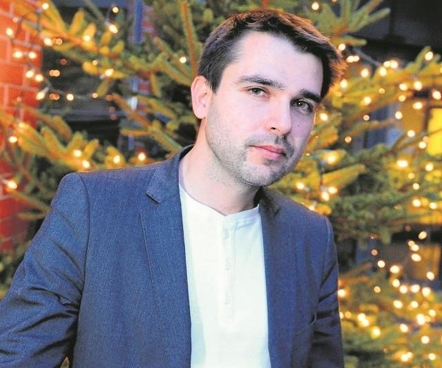 Doktor Tomasz Kozłowski jest wykładowcą w Wyższej Szkole Nauk Humanistycznych i Dziennikarstwa w Poznaniu