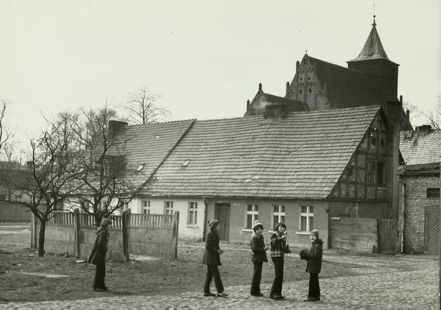 Krzywa była jedną z najkrótszych ulic w mieście.