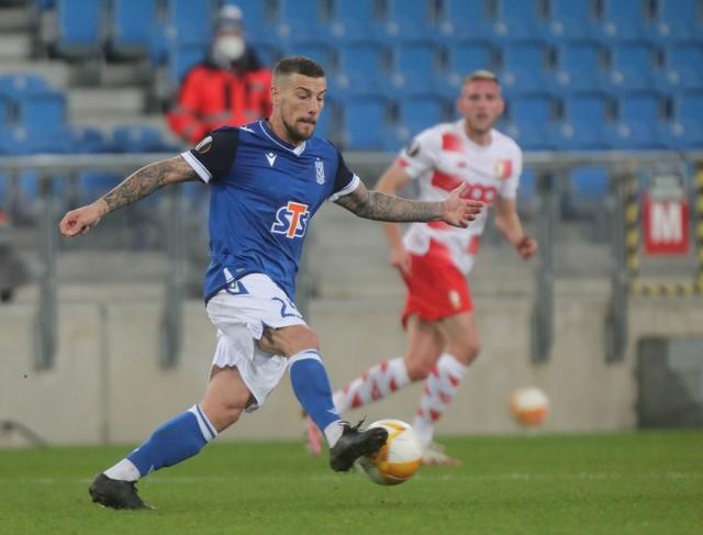 Piłkarze Standardu Liege w Poznaniu przegrali z Lechem 1:3, ale w swojej lidze potrafili zremisować z Royalem Antwerp 1:1