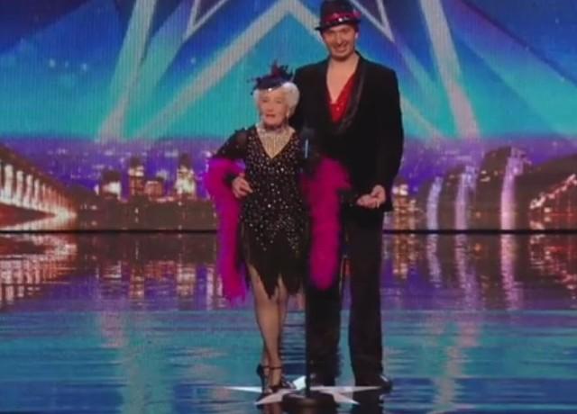 Tańcząca staruszka w brytyjskim Mam Talent zrobiła furorę!