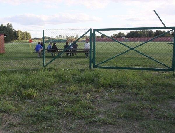 Trener został przesłuchany przez policję. Nie chciał z nami rozmawiać.