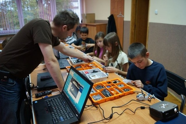 Kurs robotyki w MGOKiS w Łasinie