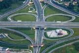 Opłaty za drogi po nowemu od 1 lipca? Uwaga kierowcy, rewolucja przyjdzie z nowym rokiem. Co przyniosą nowe przepisy? [1. 7. 2020 r.]