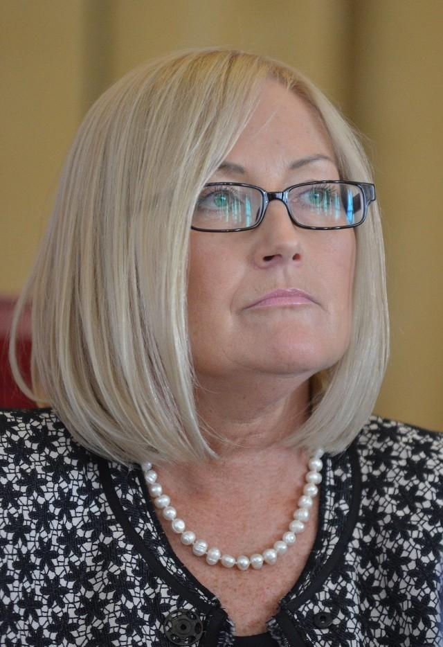 Jedną z wykluczonych radnych jest Joanna Kopcińska, która od tygodnia jest przewodniczącą Rady Miejskiej