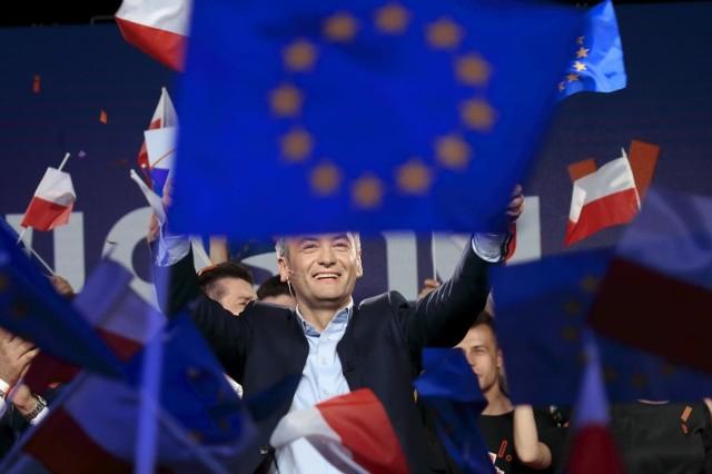 W Parlamencie Europejskim nie ma dyskontynuacji. Krucjata przeciwko państwom nowej Unii, którą rozpoczęli europosłowie z Niemiec, Francji i Austrii, by zahamować wpływ między innymi polskich przewoźników na kształt międzynarodowego transportu drogowego, będzie trwać nadal.