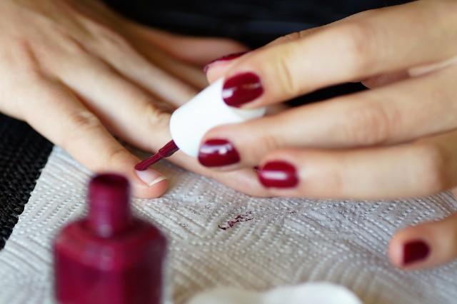 Takie paznokcie będą modne tej jesieni! Co prezentują radomskie stylistki paznokci? Zobacz najnowsze trendy!Jaki manicure będzie najmodniejszy tej jesieni? Jakie kolory dominują w trendach? Zobacz co proponują radomskie stylistki paznokci na Instagramie! ZOBACZ NA KOLEJNYCH SLAJDACH>>>