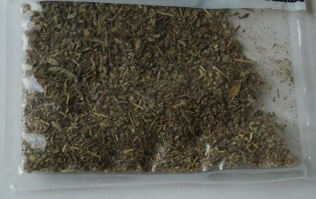 """4F-MDMB-BICA jest rozprowadzany w zwykłych woreczkach strunowych, podobnie jak do tej pory """"zwykła"""" marihuana"""