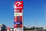 Wysokie ceny paliw nad morzem. Jest odpowiedź ministra