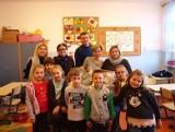 Uczniowie z Koprzywnicy zorganizowali zbiórkę pieniędzy na mikołajkowe prezenty dla małych pacjentów sandomierskiego szpitala