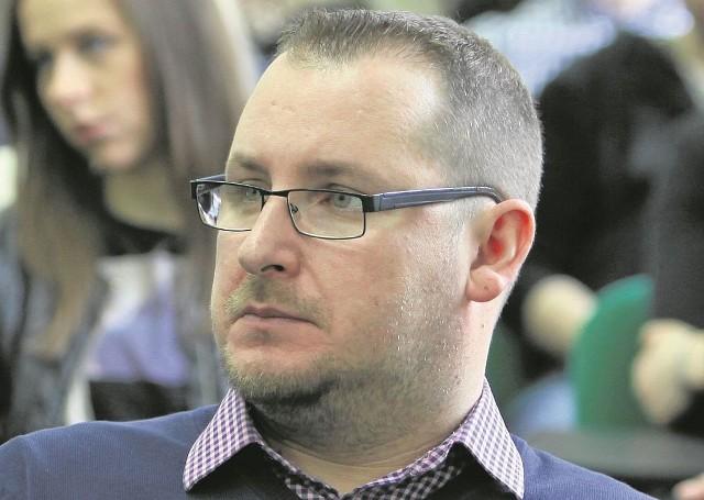 Dr  Tomasz Dubowski jest specjalistą od prawa międzynarodowego
