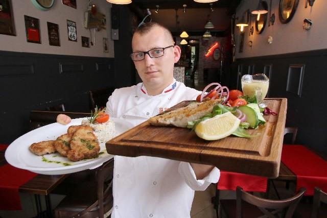 Szef kuchni restauracji Rockabilly Paweł Olszynka proponuje pyszne dania na lato.