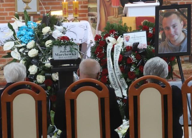 Uroczystości pogrzebowe zastrzelonego Jakuba Marchewki odbyły się we wtorek 4 maja w kościele Świętego Jana Pawła II na radomskim Sadkowie.