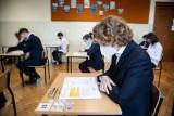 Matura 2021. Matematyka ARKUSZE CKE: Odpowiedzi, zadania, przecieki, rozwiązania. Co było na maturze z matematyki? [05.05.2020]