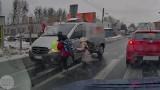 Kierowca trąbił na dzieci na Malwowej, by nie wpadły pod samochód. Teraz czeka na niego nagroda