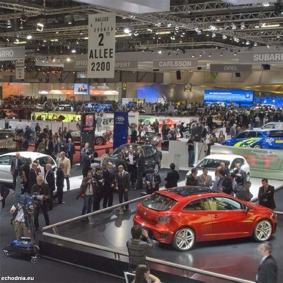 Nissan zaprezentuje w Genewie zbudowany przy współpracy z Suzuki model pixo. Pięciodrzwiowe, czteromiejscowe auto stylistyką nadwozia nawiązuje do modelu note.