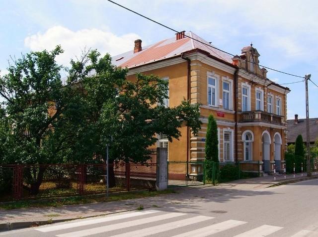 Nie ma chętnych na kupno budynku po szkole gastronomicznej przy ulicy Jagiellońskiej. Przetarg będzie powtórzony.